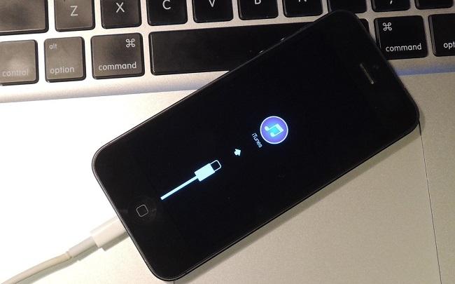 прошивка iphone не включается