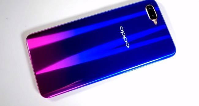 смартфон OPPO R17 Neo